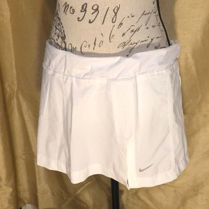 Nike White Skort, perfect for Tennis!